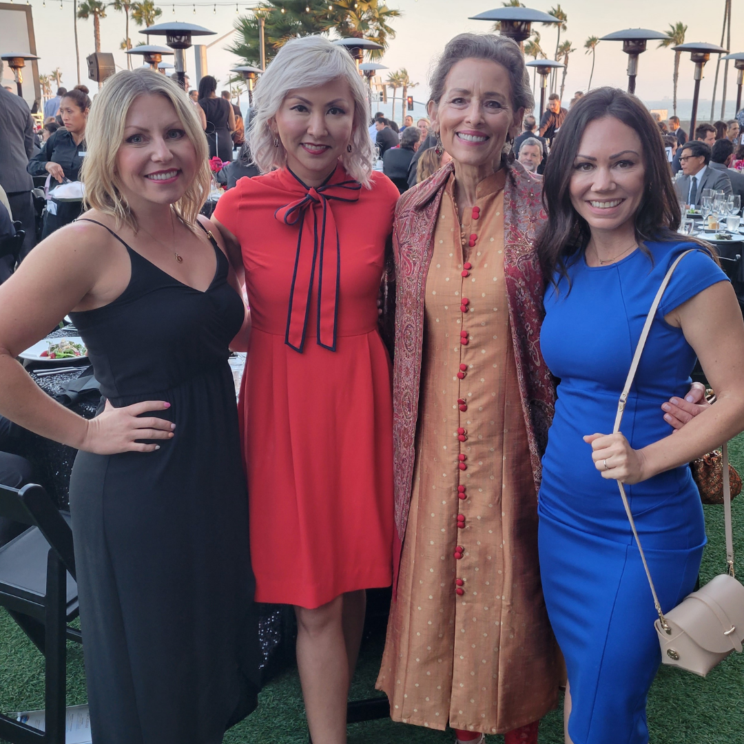 uc irvine school of nursing lauds and laurels recipient linda trinh with tiffany nielsen, adey nyamathi and candice whealon